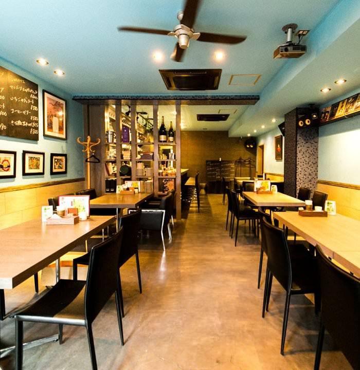 Cafe&Bar  ally